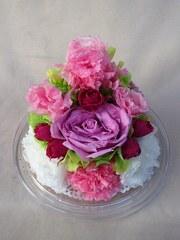 結婚式の花々を記念のプリザーブドフラワーアレンジに♪