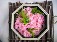 桜のプリザーブドフラワー桐箱アレンジ♪